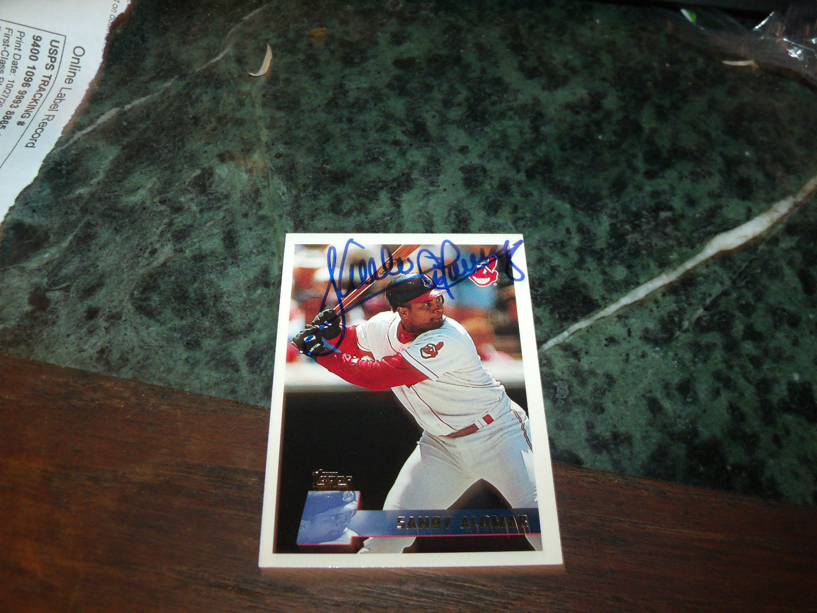 SANDY ALOMAR JR HAND SIGNED 1996 TOPPS  BASEBALL CARD INDIANS