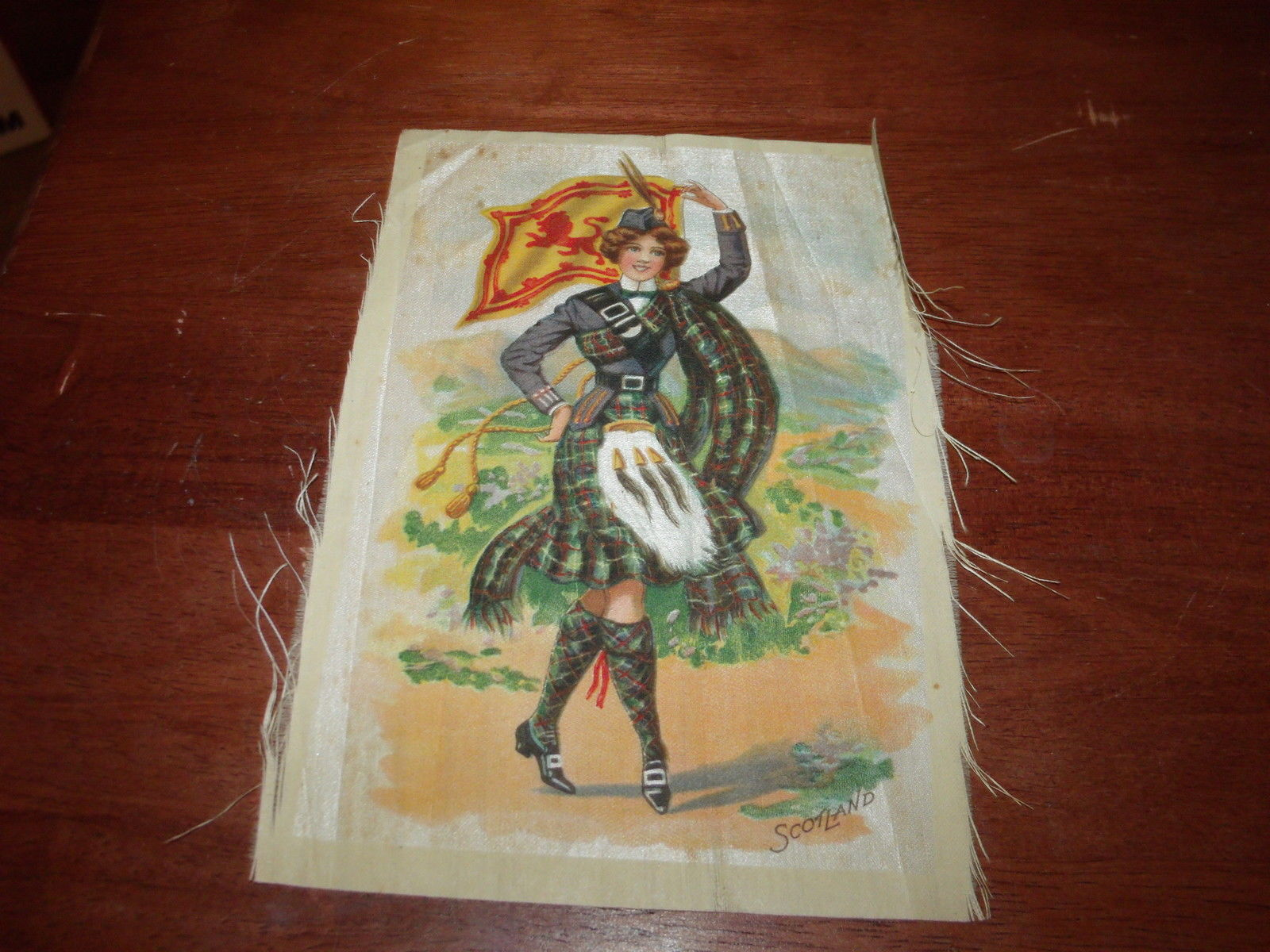VINTAGE TOBACCO SCOTLAND FLAG & GIRL SILK 5X7 RARE