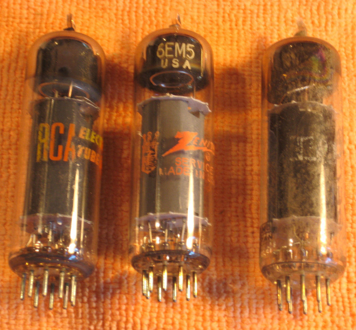 Vintage Radio Vacuum Tube (one): 6EM5 - Tested Good