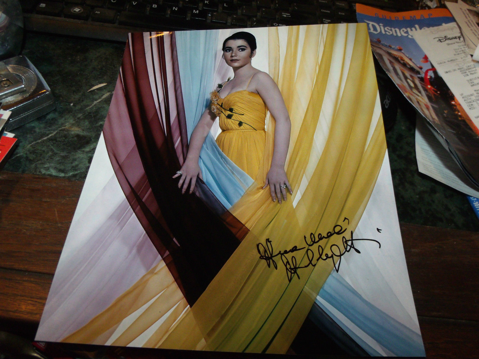 ANNA MARIE ALBERGHETTI HAND SIGNED 8X10 PHOTO