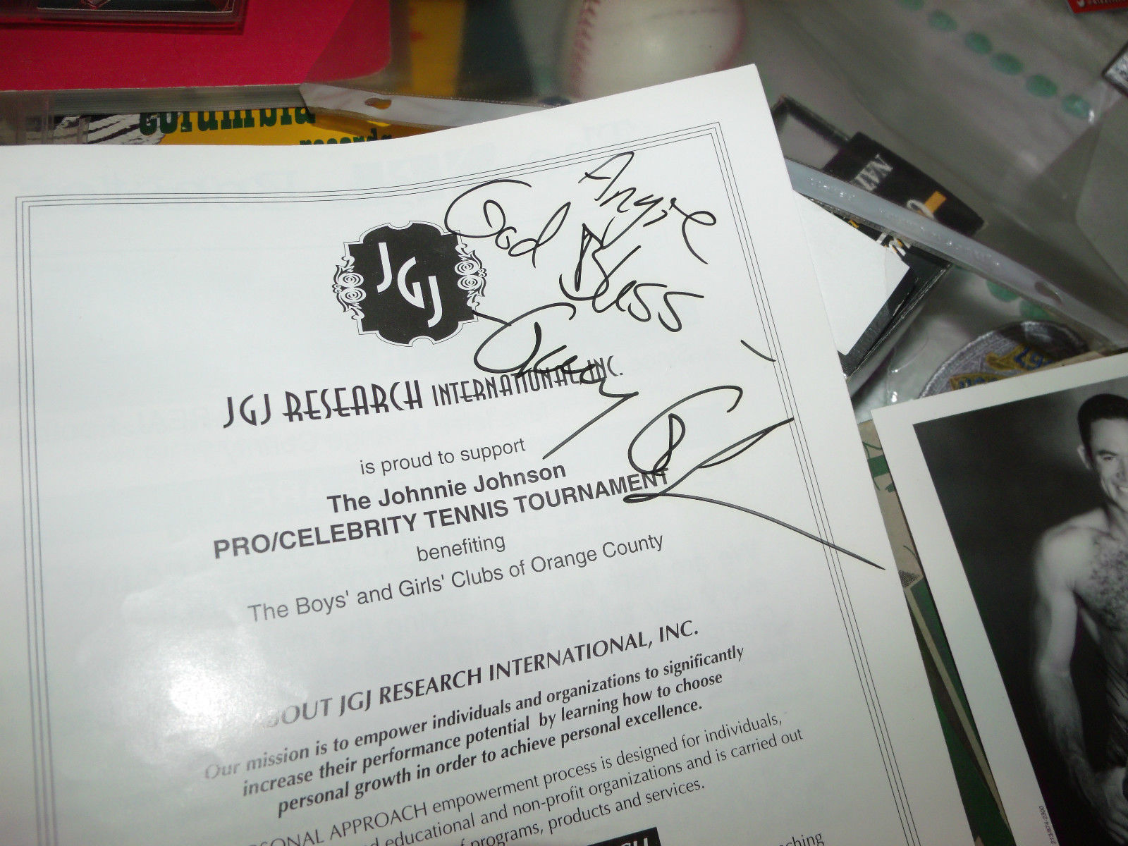 2 CELEBRITY TENNIS TOURNAMENT SIGNED PROGRAMS 58 SIGNATURES WILLARD COOK +TSHIRT