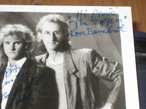 THE ZIPPERS BAND SIGNED 8X10 PHOTO SIGNED BY ALL 5