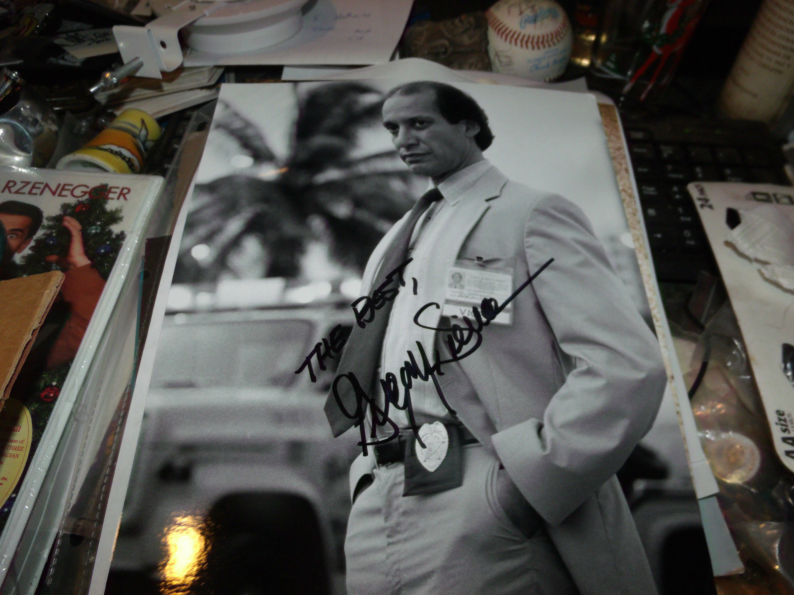 GREGORY SIERRA HAND SIGNED BARNEY MILLER CHANO 8X10 PHOTO