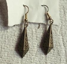 """pierced Vintage Dark Metal Color Costume Jewelry Drop Dangling Earrings 2"""" - $7.02"""