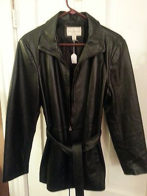 LADIES LARGE WORTHINGTON BELTED LEATHER COAT WITH ZIPPER FRONT