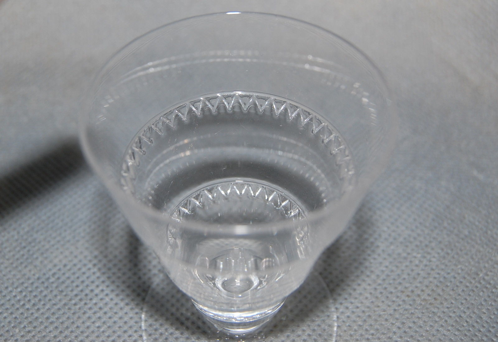 """Lalique France Crystal Vouvray Pattern Cocktail Glass 4"""" High"""