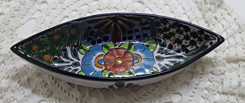 Vintage HECRO EN MEXICAN FOLK ART POTTERY Boat Shaped Dish CANDY Bowl