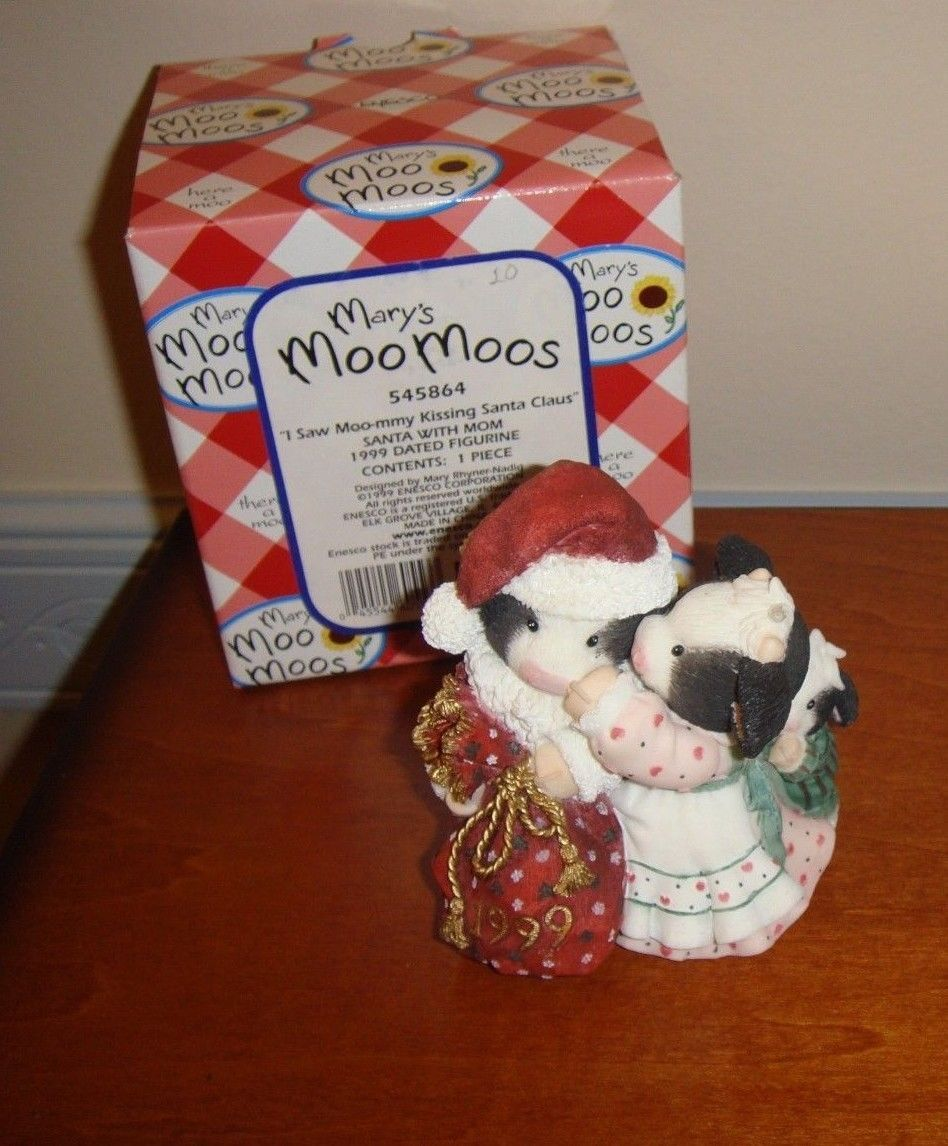Mary's Moo Moos I Saw Moo-mmy Kissing Santa Claus Dated 1999 Figurine