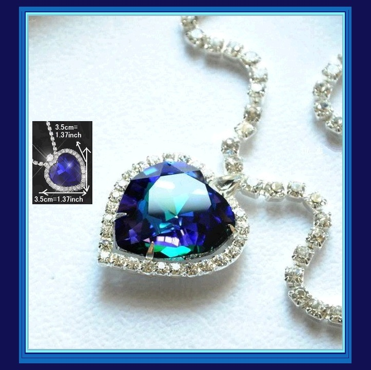 Stunning Crystal Heart Ocean Blue Austrian Swarovski Rhinestone Circled Necklace