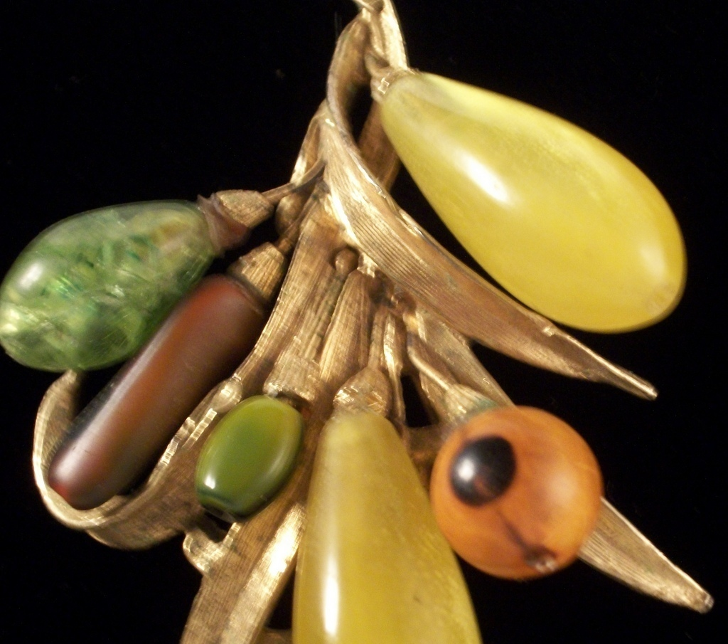 vintage signed art unusual beaded exotic fruit salad brooch 3011