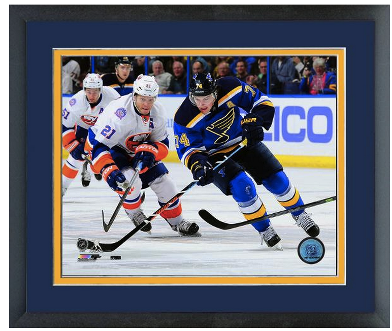 T.J. Oshie 2014-2015 St. Louis Blues -11x14 Matted/Framed Photo