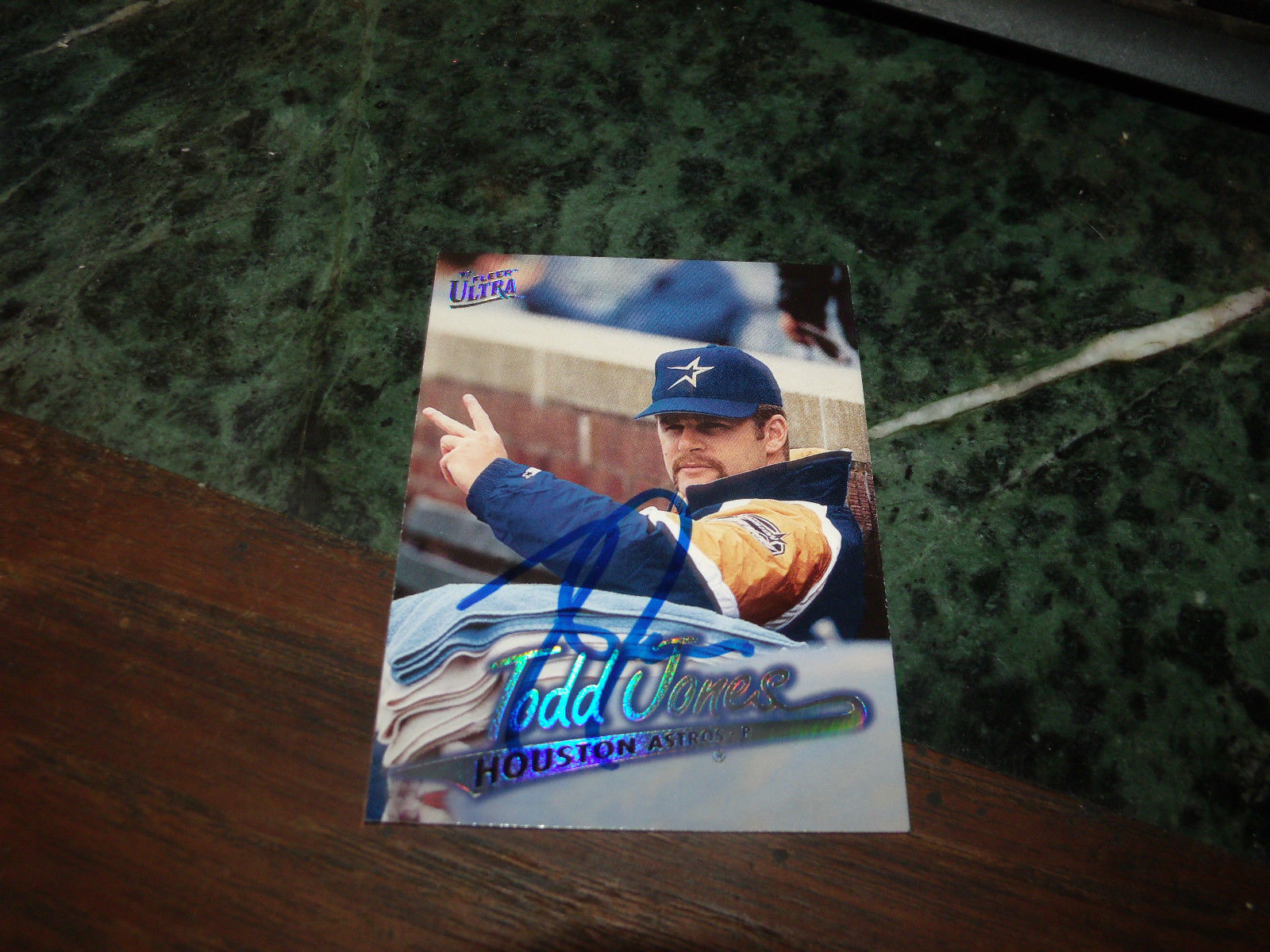 Todd Jones Hand Signed 1997 Fleer Ultra And 50 Similar Items