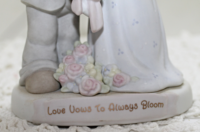 Vintage PRECIOUS MOMENTS Love Vows To Always Bloom Figurine