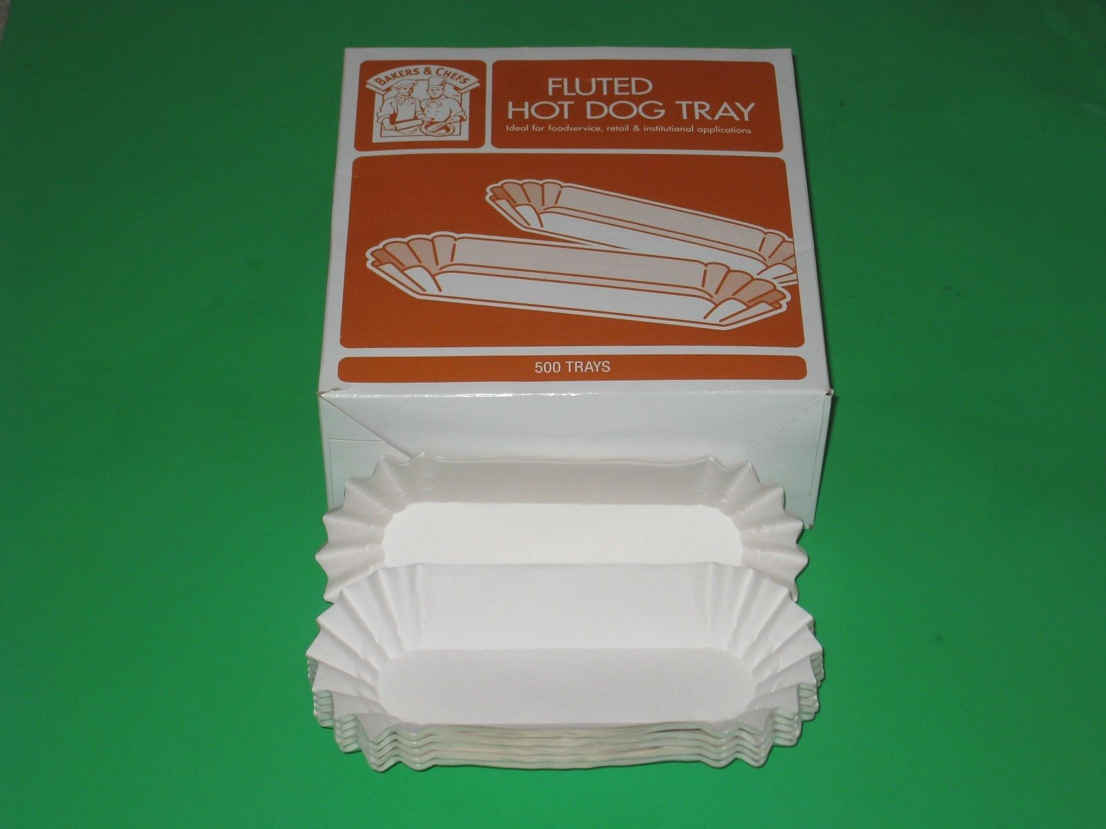 500 Hot Dog Tray Holders Paper Fluted Bakers and Chefs Brand NEW! Ca$h Back!