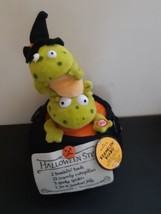 Hallamrk Tremblin Toads Sound And Motion Frogs In Cauldron Plush Singing... - $29.65