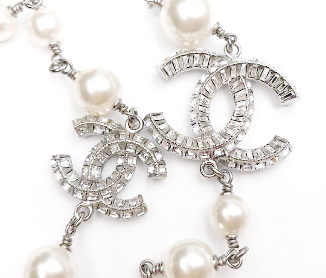 Authentic Chanel Crystal Baguette CC Long Pearl Beaded Necklace Silver