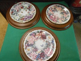 """Great Collection 3 Wood Framed Plates-BRADFORD Exchange """"Circle Of Etc"""" - $27.31"""