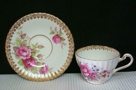 Paragon Pink Roses Bone China Tea Cup & Saucer Gold Filigree Trim Scalloped Euc - $24.73