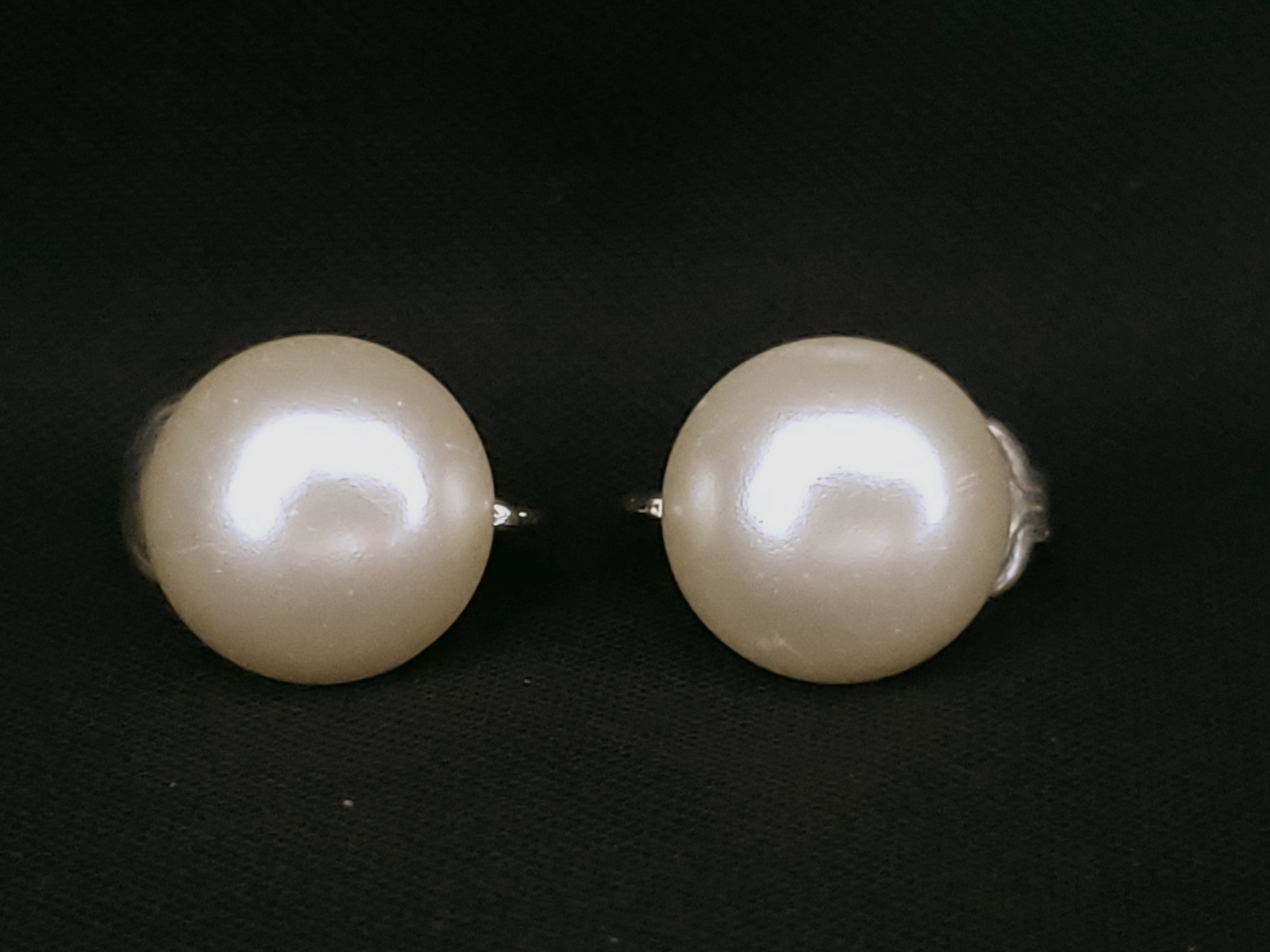 1960s Sarah Coventry Button Pearl Clip-on Earrings - $8.95