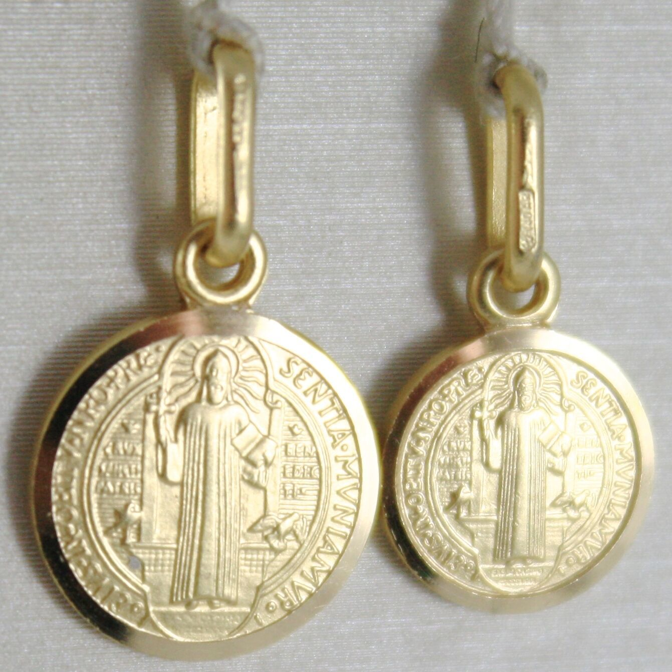 Pendant Yellow Gold Medal 750 18k, Protection, ST. BENEDICT, CROSS, SOLID