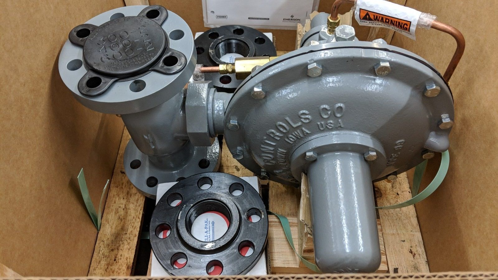 "new 2"" fisher type 99 regulator"