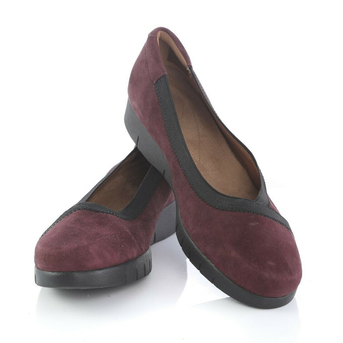 Primary image for Clarks Artisan Burgundy Suede Loafers Ballet Flats Comfort Shoes Womens 8 M
