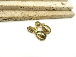 Retro Monet Gold Tone Beaded Teardrop Clip On Dangle Earrings NN15 - $16.99