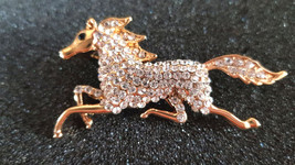 crystallised running gold horse brooch with brooch safety crossbar connection on