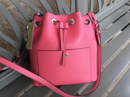 Michael Kors GREENWICH MEDIUM SAFFIANO LEATHER BUCKET BAG Color- Coral - €125,86 EUR