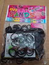 Eins Packung von Loom-Bänder Selbermachen A Gummi Armband sortiert Farben - $4.98