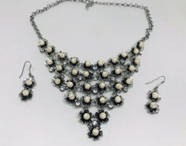 Rare Unusual Crystal Textured Bead Bib Necklace Numbered Back Pieces & Earrings - $20.79