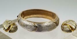 Vintage Gold Silver Textured Bracelet with Clip Earrings DEJ577 - $15.84