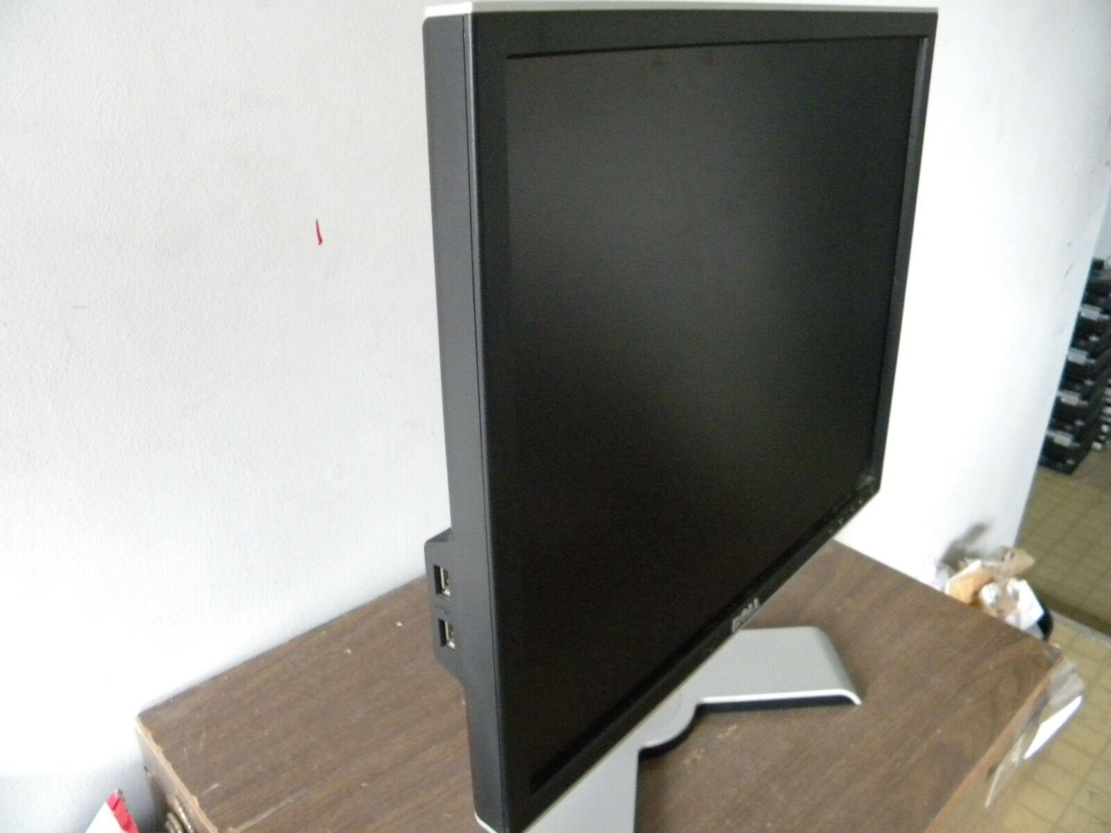 Lot of 5 Dell 2007FPb// 2007WFPb// 2407WFPb Monitor STAND ONLY