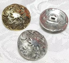 SUN MOON AND STAR FINE PEWTER BUTTON - 20x20x9mm; Hole 2.9mm