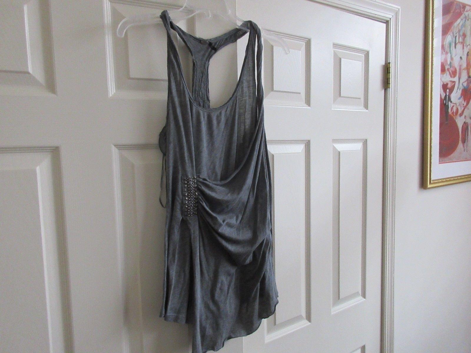 Guess , Women's Top  , Unique Design  ,  Size L  , Grey , Style#W02316G34PO - $25.00