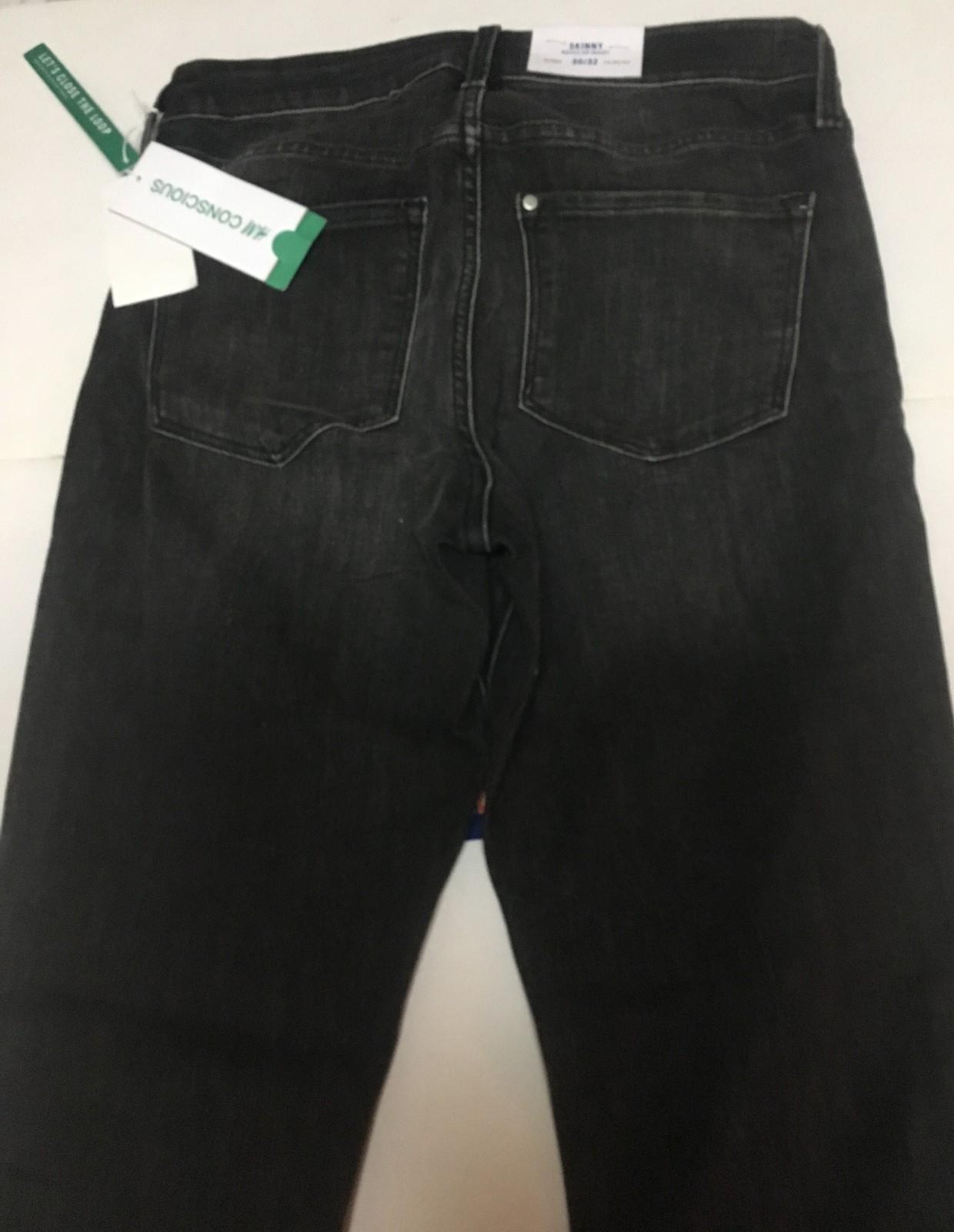 H&M Black Skinny Jeans Sz 30/32 Women
