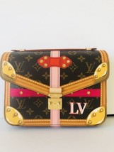 LOUIS VUITTON Monogram Canvas Summer Trunks Pochette Metis Bag Made in F... - $2,965.05