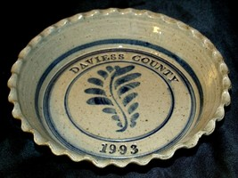 2003 Daviess County Westerwald Pottery/Stoneware Decorative Pie Plate AA-191825
