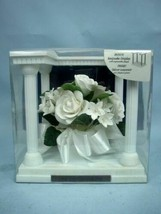 Wilton White Roses Wedding Cake Topper #120-073 MIB - $27.23