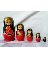 Hand Painted Russian Matryoshka Nesting Dolls 5 piece Set Wooden Vintage  - $37.00