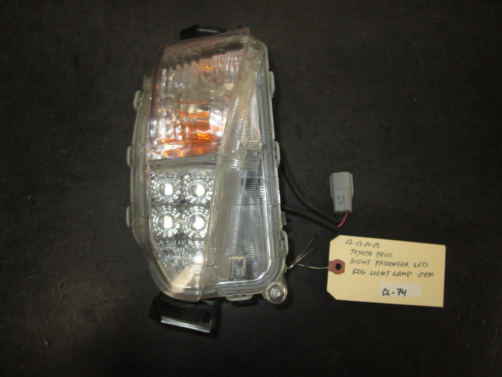 12 13 14 15 TOYOTA PRIUS RIGHT PASSENGER LED FOG LIGHT LAMP OEM