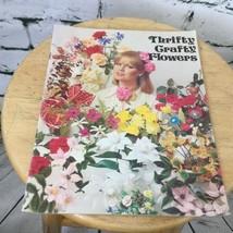 1977 Book Thrifty Crafty Flowers Graphic Enterprises Inc.Vtg Craft Book - $8.66