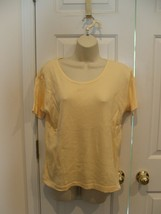 NEW IN PKG ROSANNA COTTON BLENMD YELLOW RIBBED SHORT SLEEVE TOP MEDIUM - $9.64