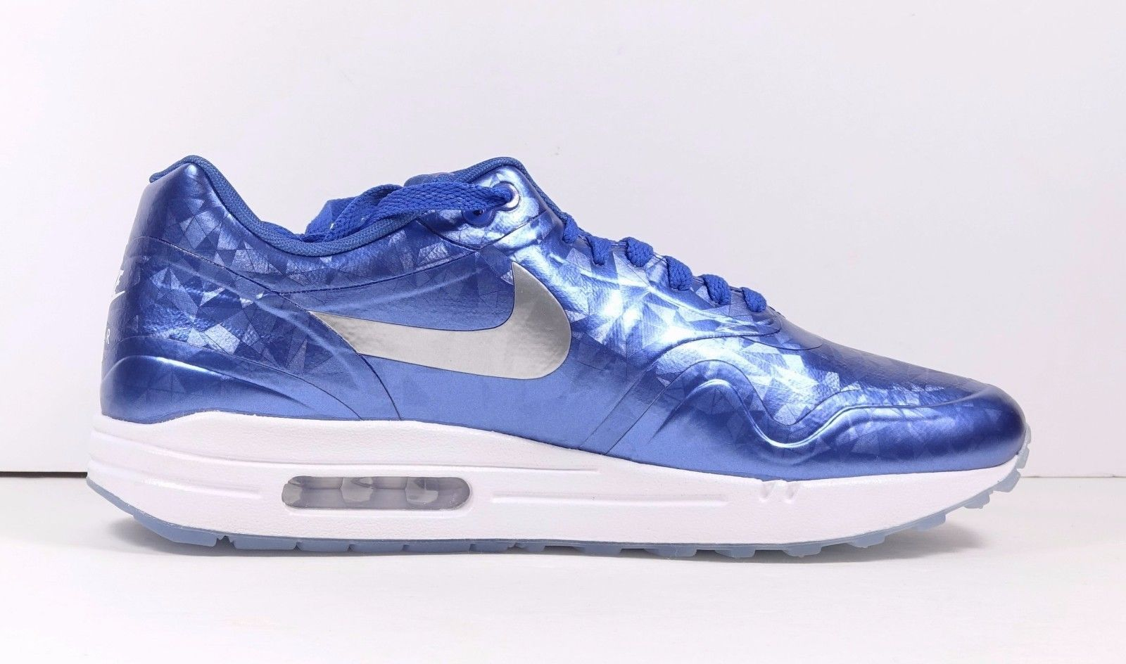 timeless design a2cf4 d0c3f Nike Air Max 1 ID Blue White Ice Sole Sz 10.5 Reflective Blue Silver White  New