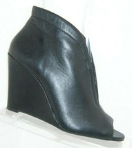 Jessica Simpson 'Mayson' black leather round peep toe shootie wedges 7M - $33.30