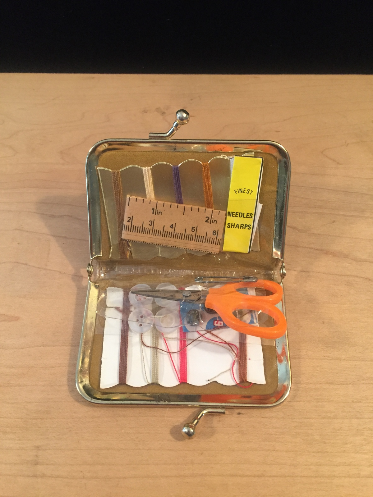 Vintage 60s mini sewing kit with gold snap closure