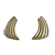 Vintage Scalloped Wing  Post Earrings GOLDTONE K786 - $16.14