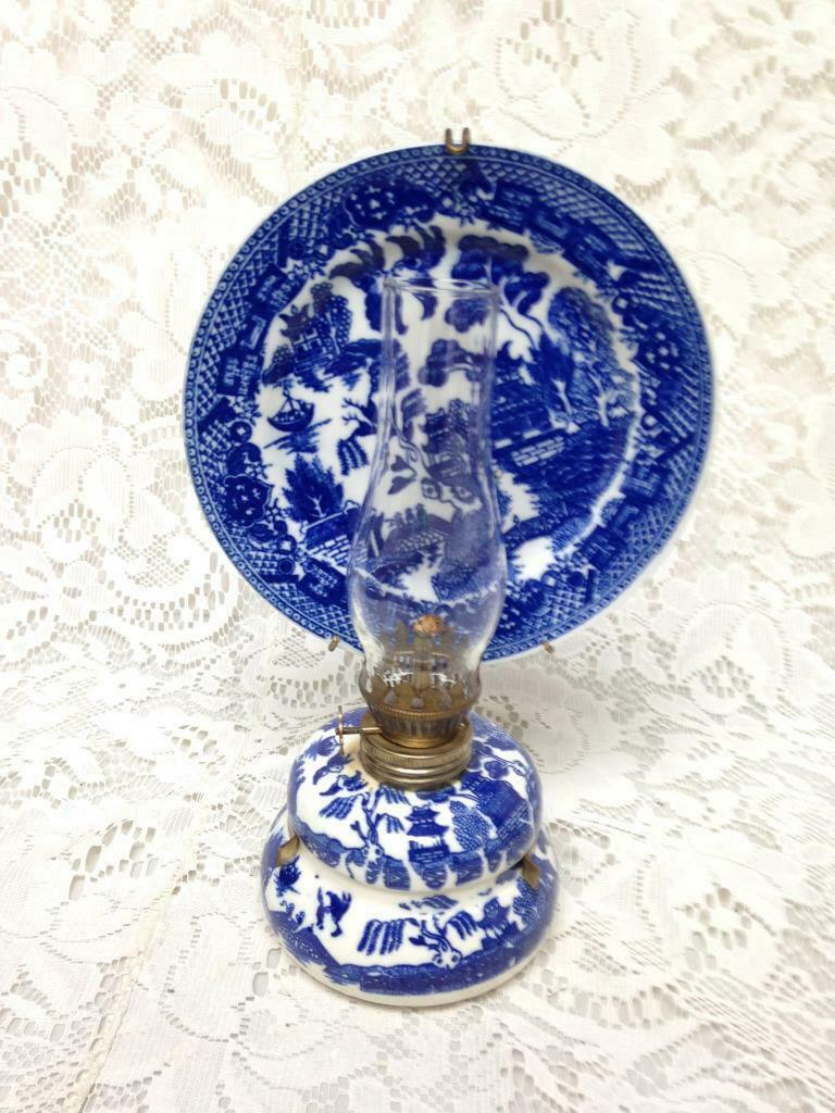 Primary image for Vintage, Rare,  Beautiful 4-pc Blue Willow Oil Lamp with Reflector 9.5in x 6in