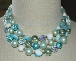 Vintage Mid Century DEMARIO Blue Green Glass Bead Beaded Choker Necklace - $99.00