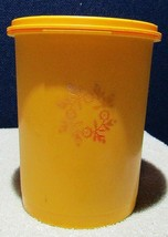 Vintage Tupperware 811 Harvest Gold 5 Cup Canister With Servalier Lid - $7.91
